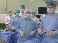 Echipa după prima operație endoscopică...